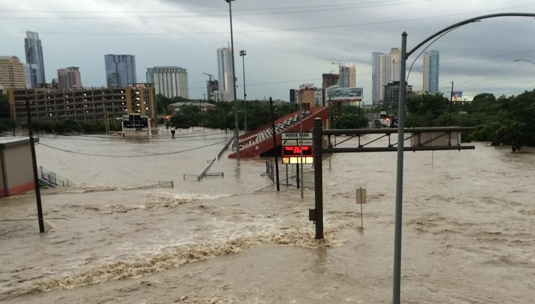 House Park, Shoal Creek flood_124901