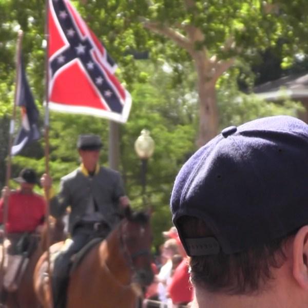 Confederate Flag at parade_147905
