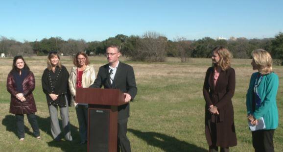 AISD officials announce The Grove at Shoal Creek initiative_236592