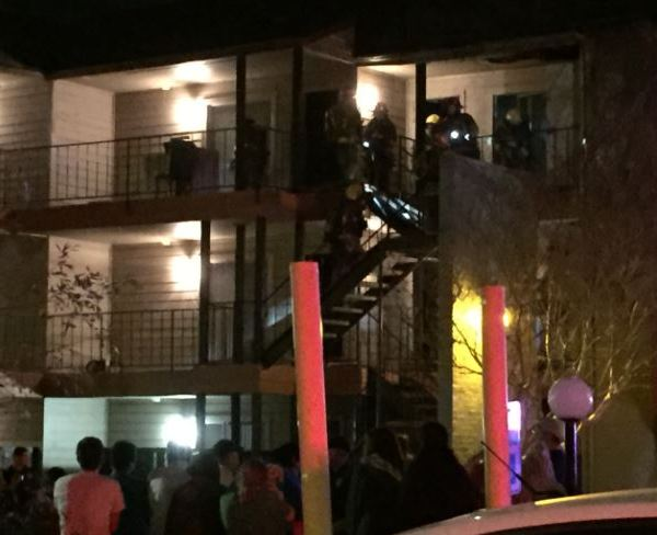 Victory Dr. apartment fire_235518