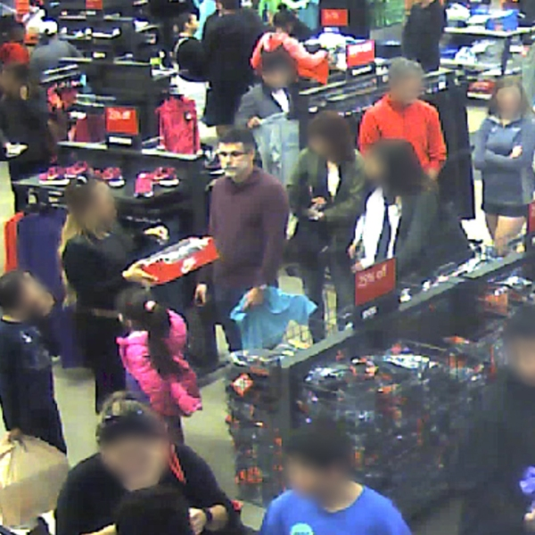 The suspect in the Nike outlet store_233652