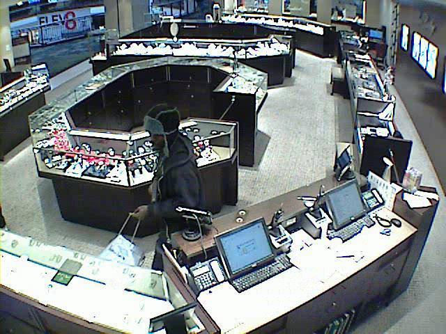 Ben Bridge Jewelers robbery_228476