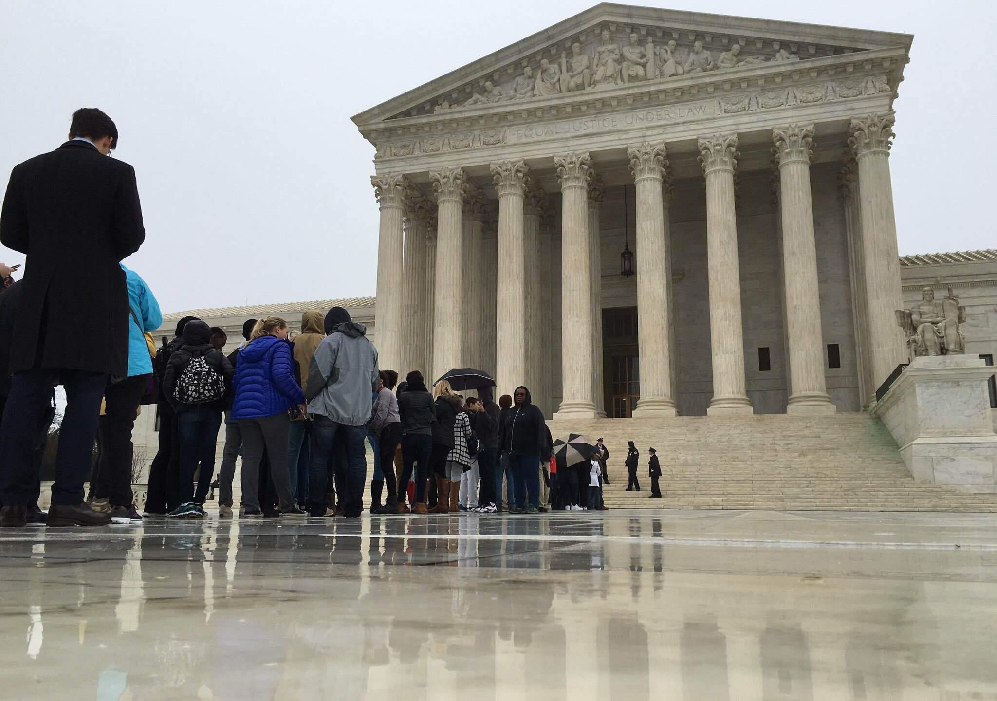 SCOTUS-line_249016