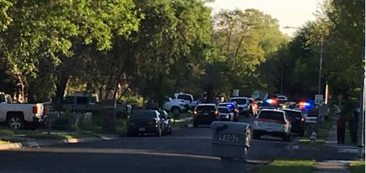 APD Man with Knife_260273