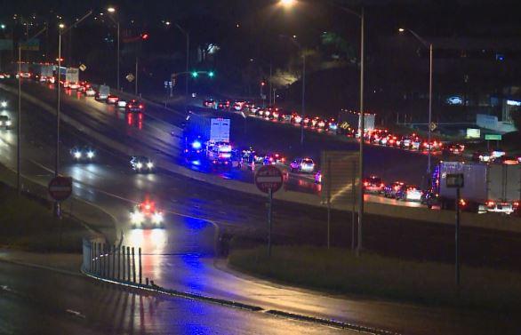 Pedestrian killed on I-35 near Riverside_259947