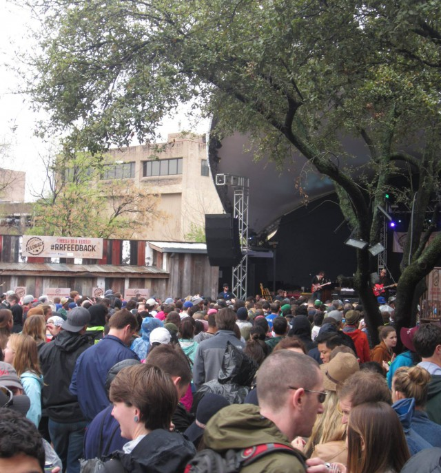 Crowds at Rachael Ray's Feedback party during SXSW 2015. (KXAN Photo)