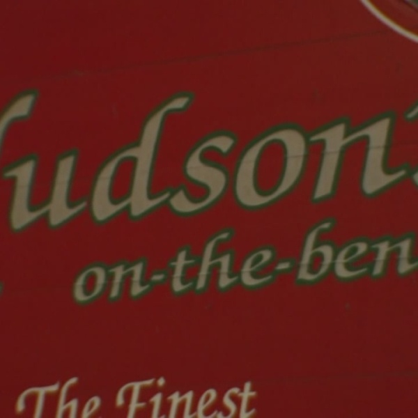 hudson's on the bend_266150