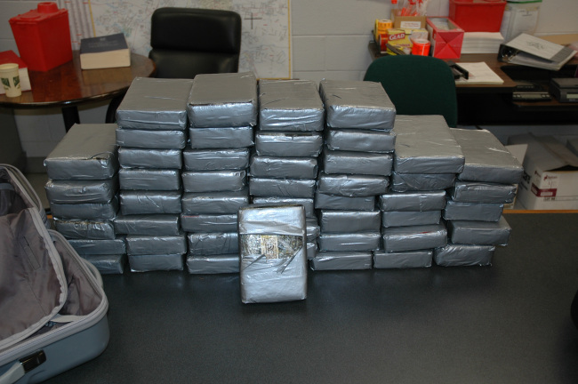 cocaine seized during traffic stop_265757