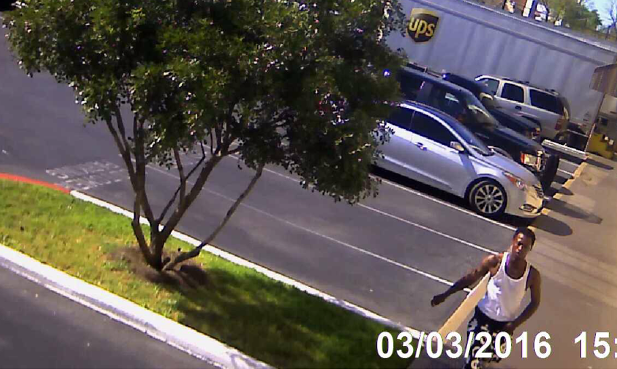 Suspect in hit-and-run on Wheless Lane_267229