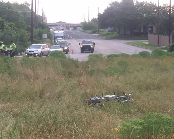 Motorcyclist dies in Northeast Austin crash (KXAN Photo_ Daniel Guerrero)_284089
