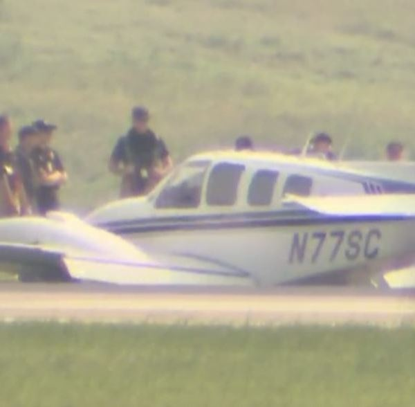 The Beechcraft Baron plane that made an emergency landing at ABIA Wednesday, May 11_283836