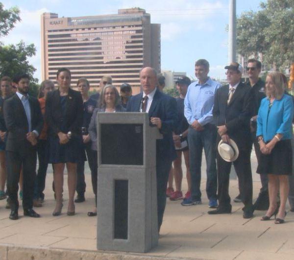 Austin Firefighters Association endorses 5 city council members_303506