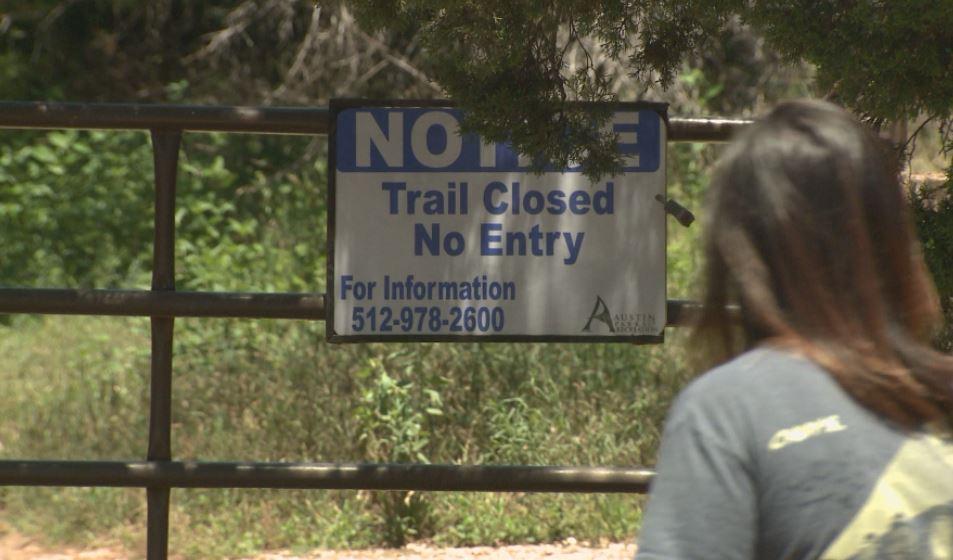 Barton Creek Greenbelt still closed after flooding_295381