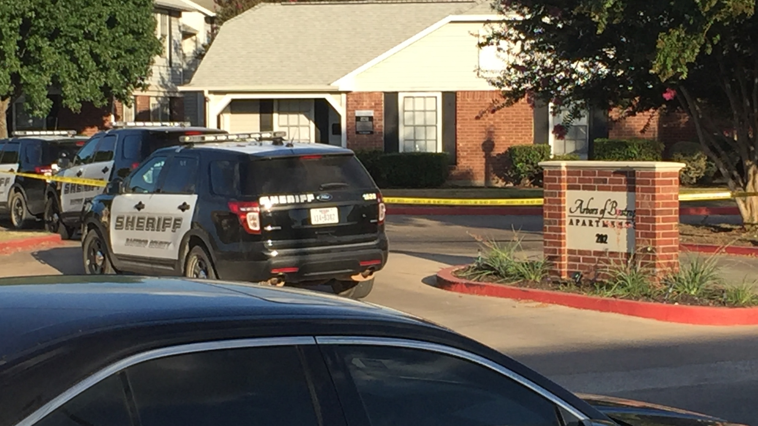 Four to five people are dead after a shooting at a Bastrop apartment complex Saturday._315930