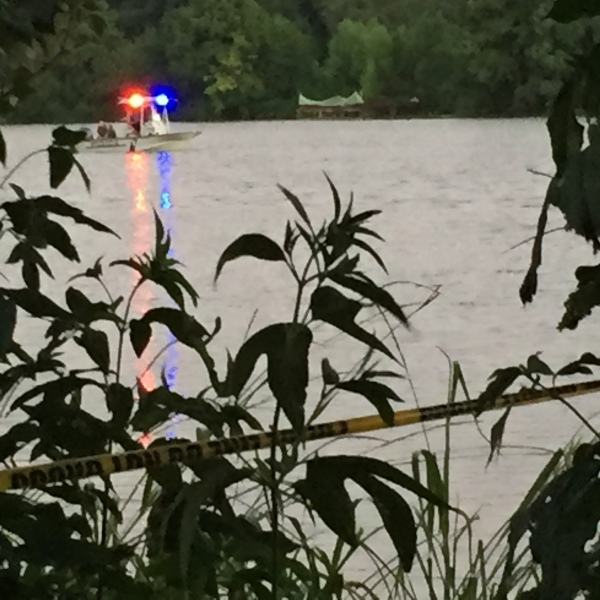 Crews search for a missing paddle boarder on Lady Bird Lake. July 29, 2016_318807