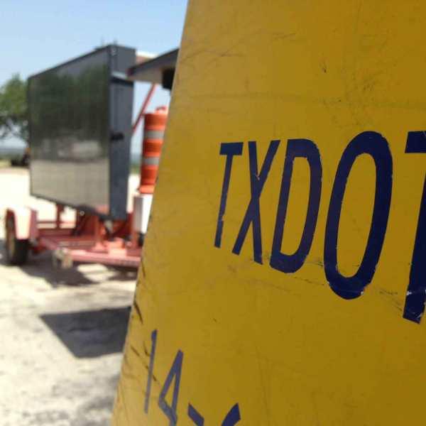 TxDOT construction sign_155558