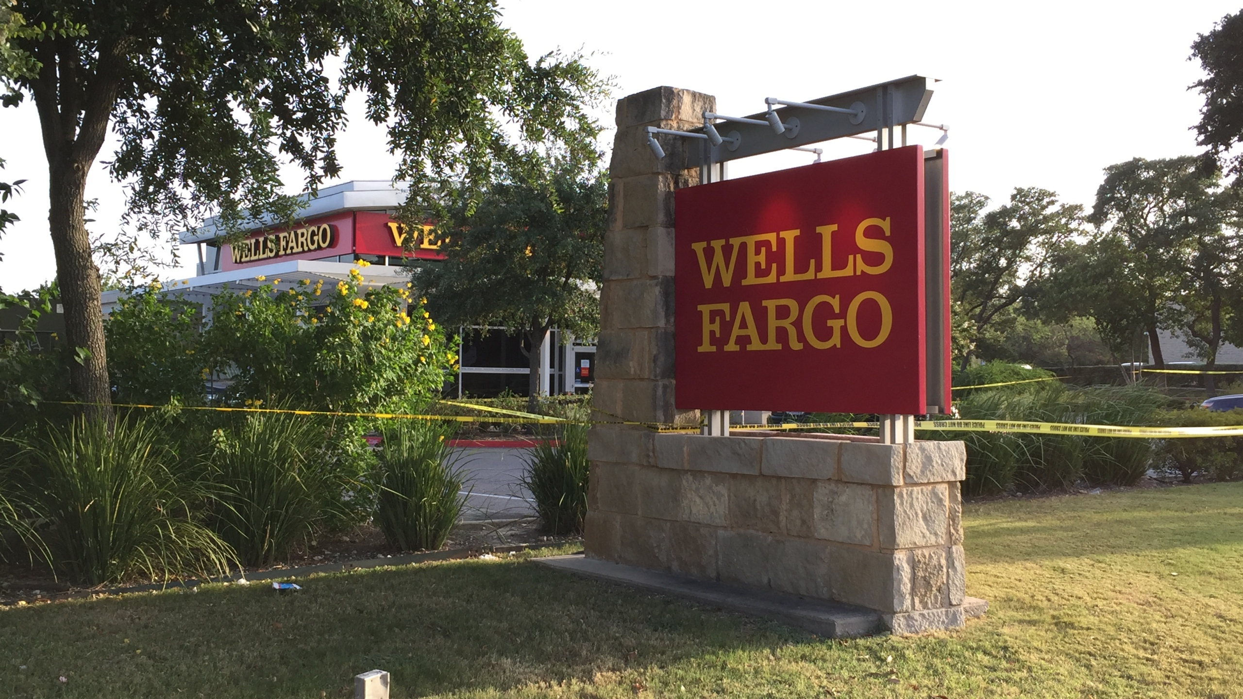 Slaughter Wells Fargo robbery - Chris Nelson_KXAN_310754