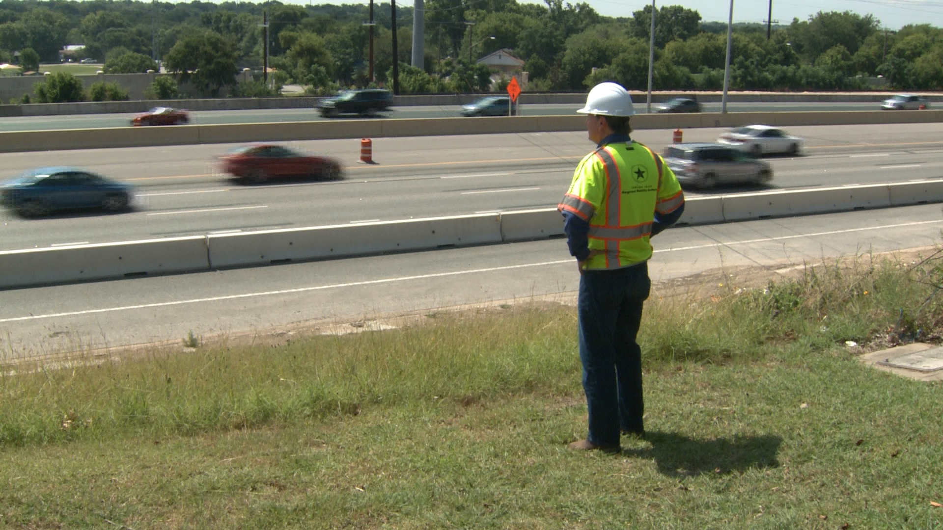 North MoPac toll lanes under construction, July 1, 2016_307026