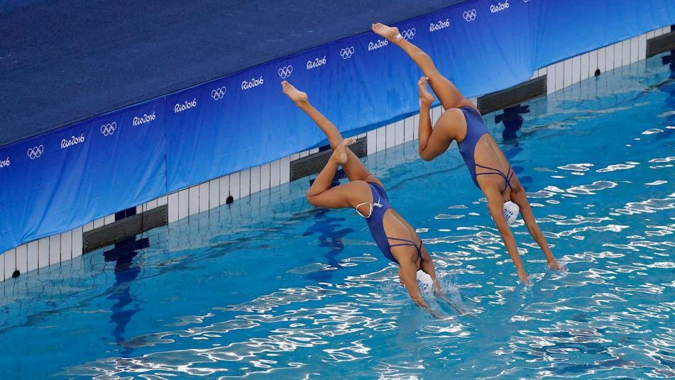 ap-blue-water-evangelia-papazoglou-and-evangelia-platanioti-rio-olympics-green-wa_webf_333217