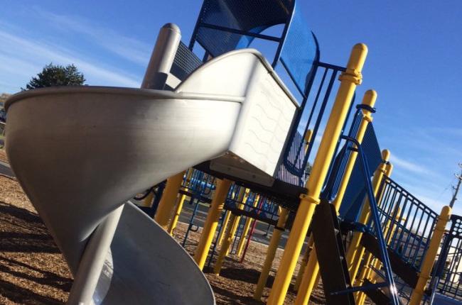 playground equipment_279339