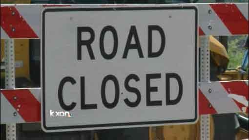 Road closure road block road closed shut down construction_129122