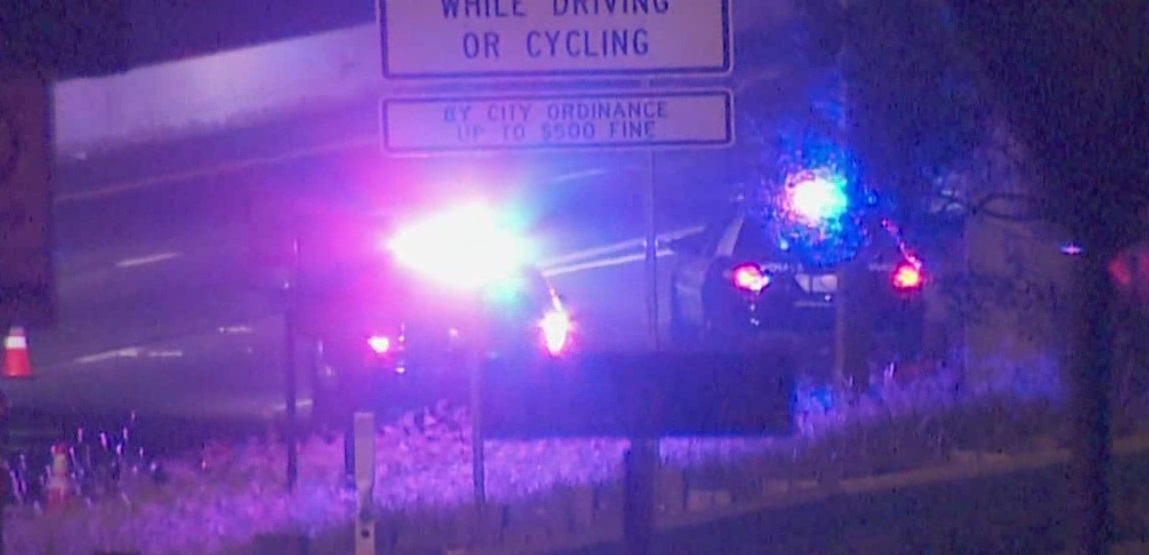 Man hit by car on I-35_347056