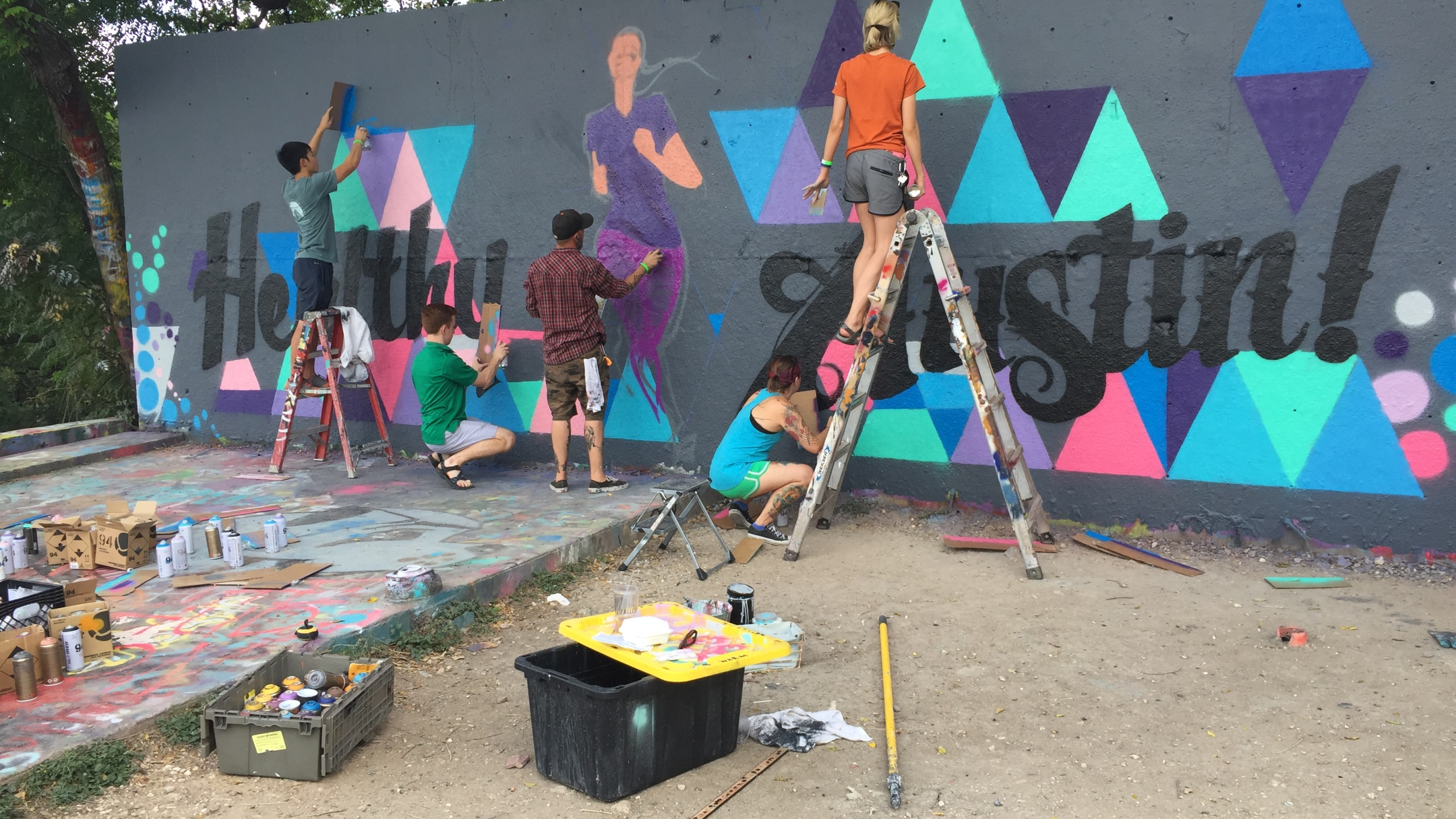 Dell Medical students pair with artists to paint a mural at HOPE Outdoor Gallery Saturday, September 17, 2016._349395