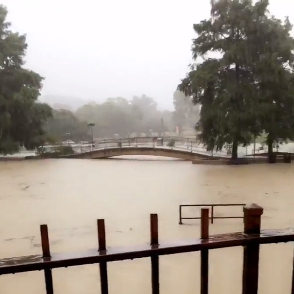 Flooding on Texas State University campus_353061