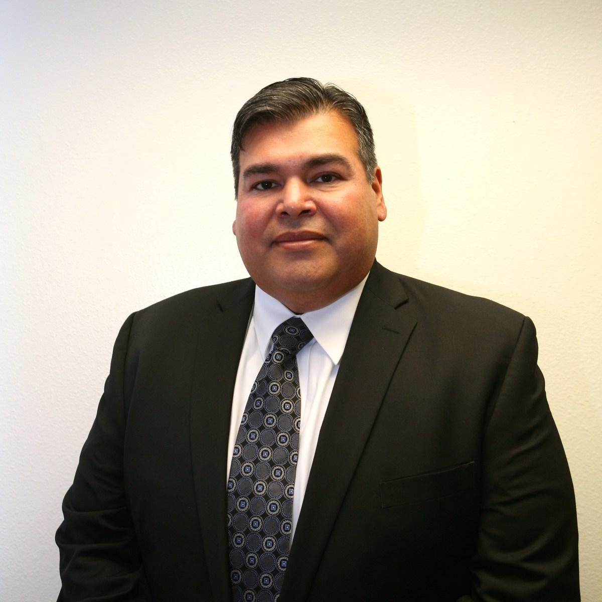 Manor High School Principal Emilio Vargas_359481