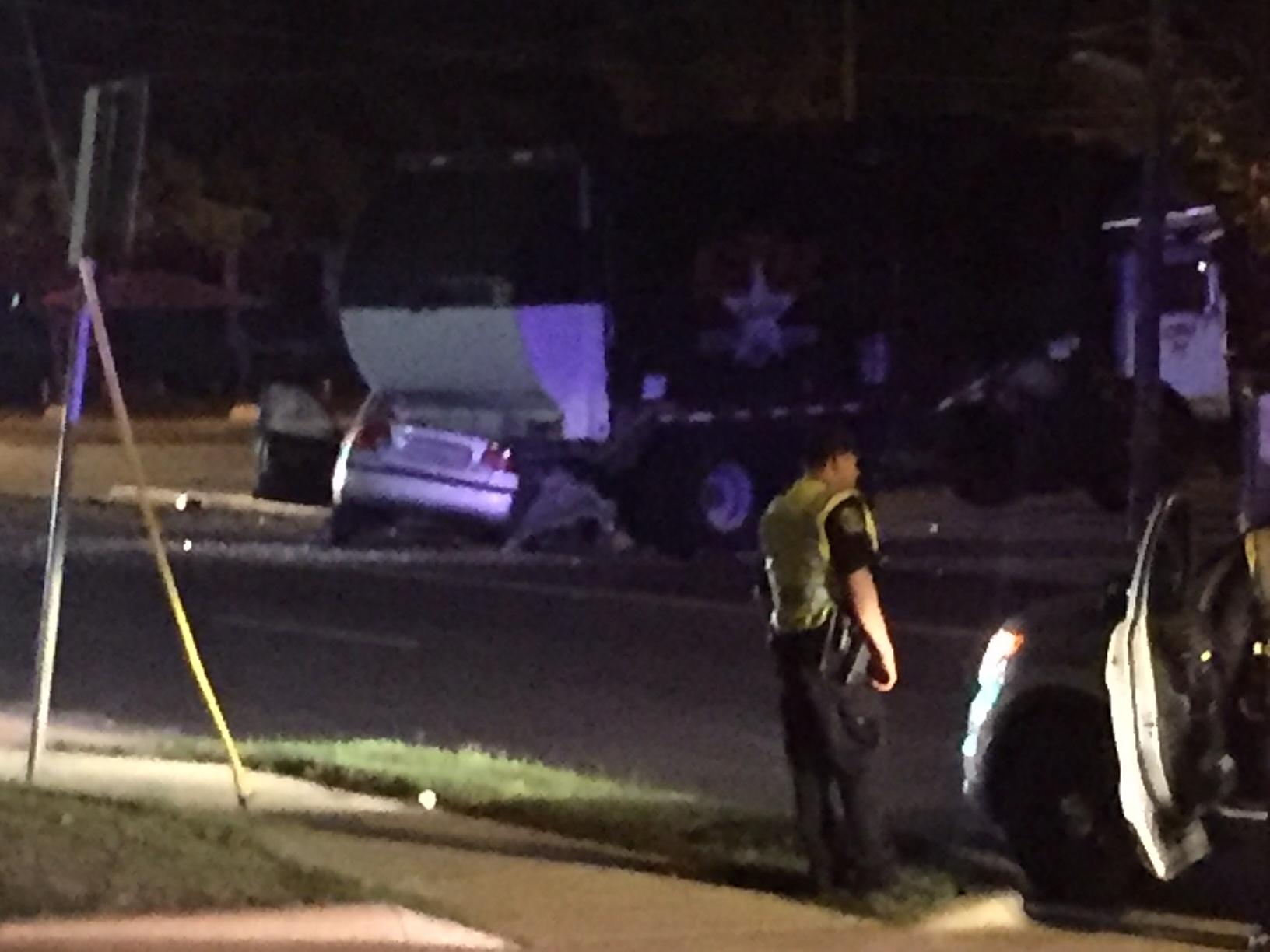 Man dies in crash on Koenig Lane and Woodrow Avenue_366433