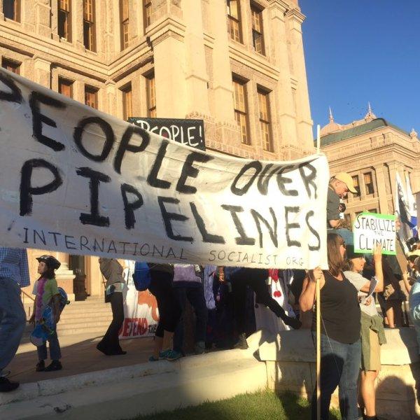 Dakota Access Pipeline protesters in Austin at the State Capitol. Nov. 15, 2016 (KXAN Photo_Phil Prazan)_375087