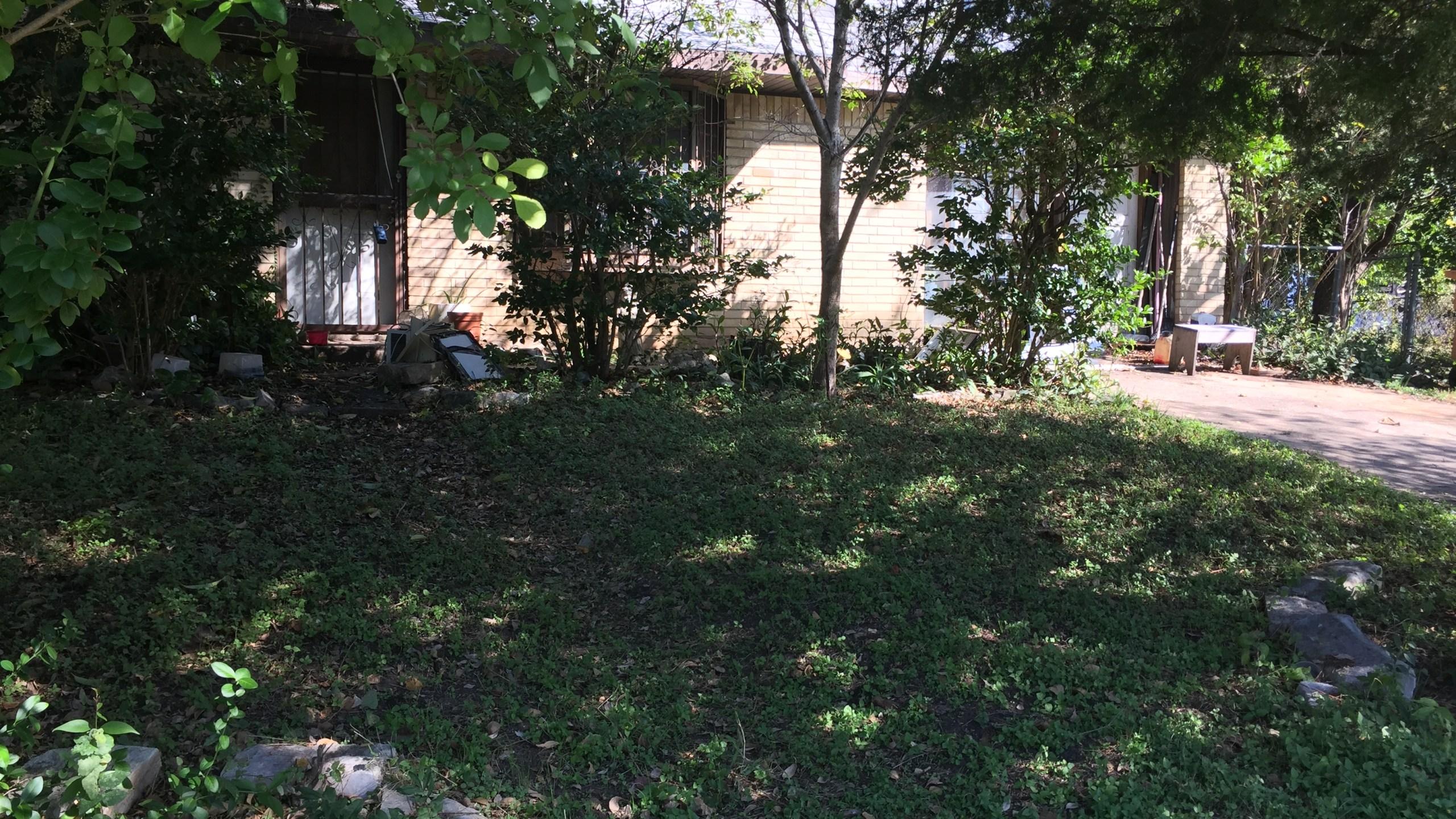 East Austin House Faces Foreclosure_378920