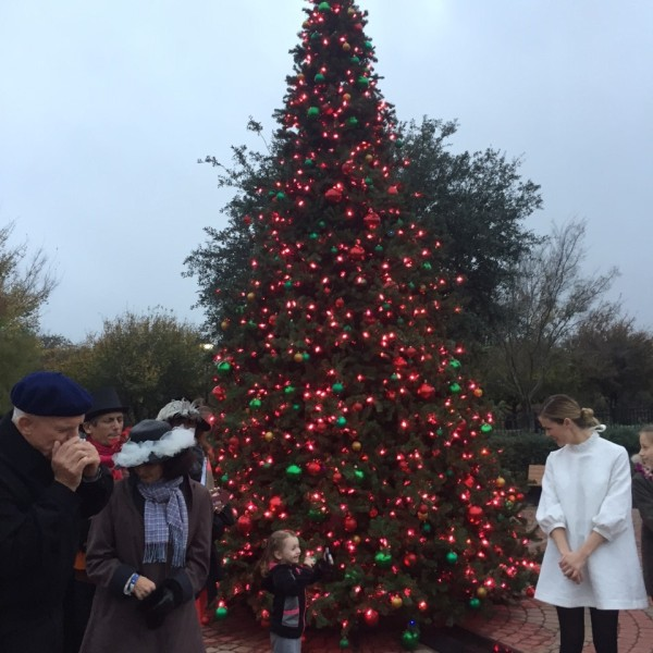 Dell Children's Medical Center Christmas tree lighting_383291