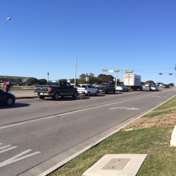 Midday traffic delay at IH-35 at Old Settlers Blvd_382106