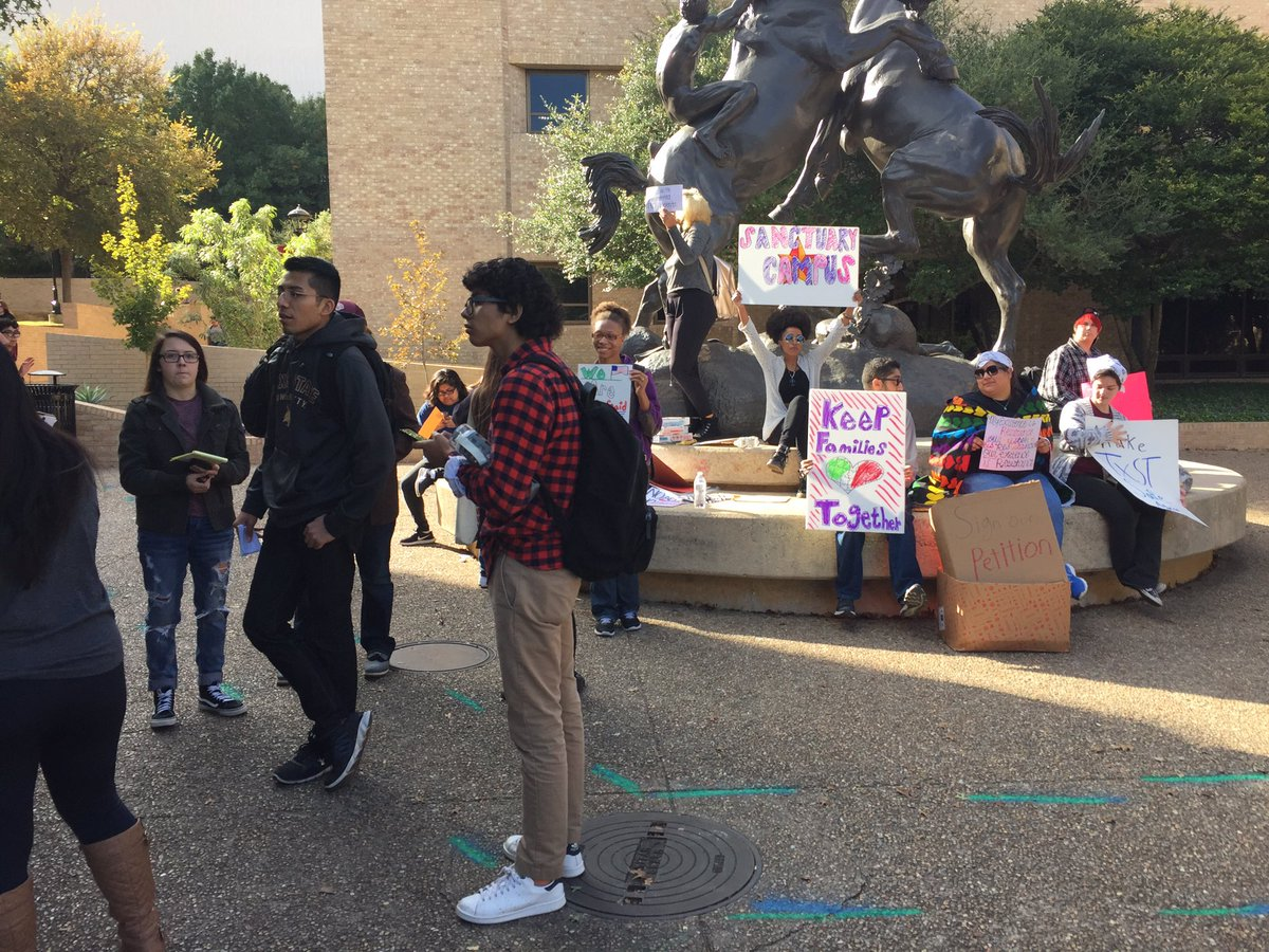 Students call for a sanctuary campus for undocumented immigrants at Texas State University_381638