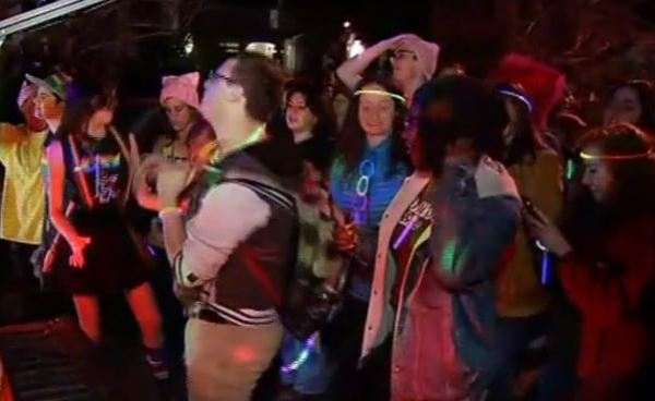 Protesters hold dance party against Mike Pence_401422