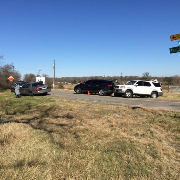 Body found in vehicle near Del Valle_396705