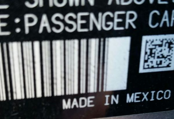 A passenger vehicle made in Mexico_404983