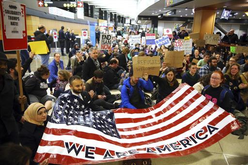 APTOPIX Trump Refugees Seattle_406129