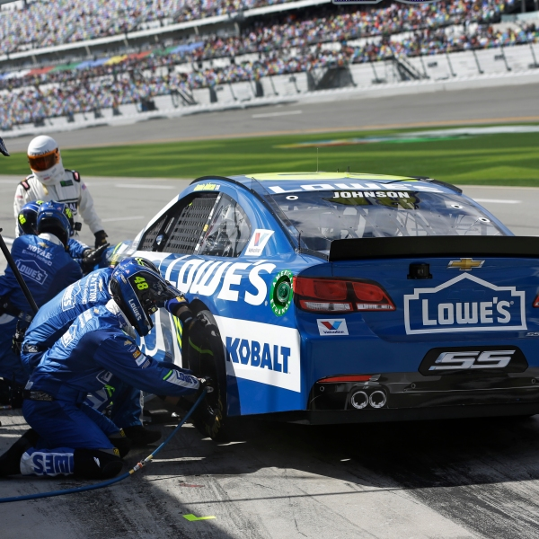 Jimmie Johnson_425068