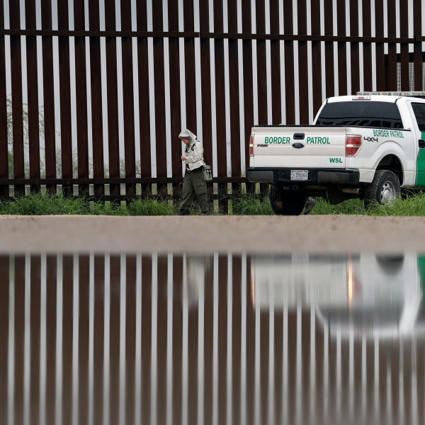 Trump Immigration_432012