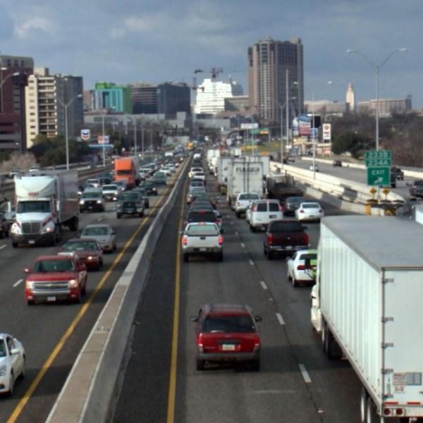 Traffic on I-35_343029