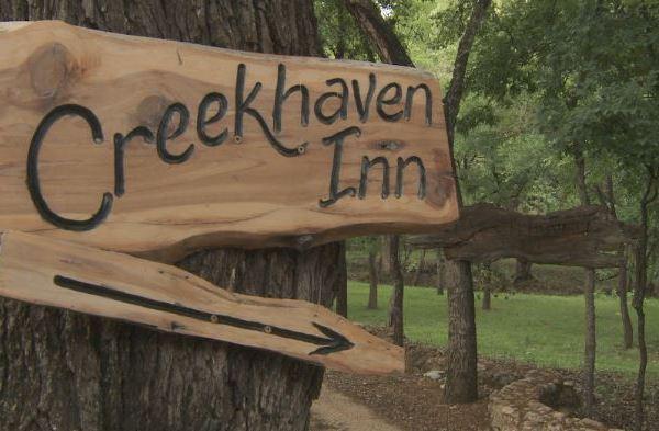 creekhaven inn_452432