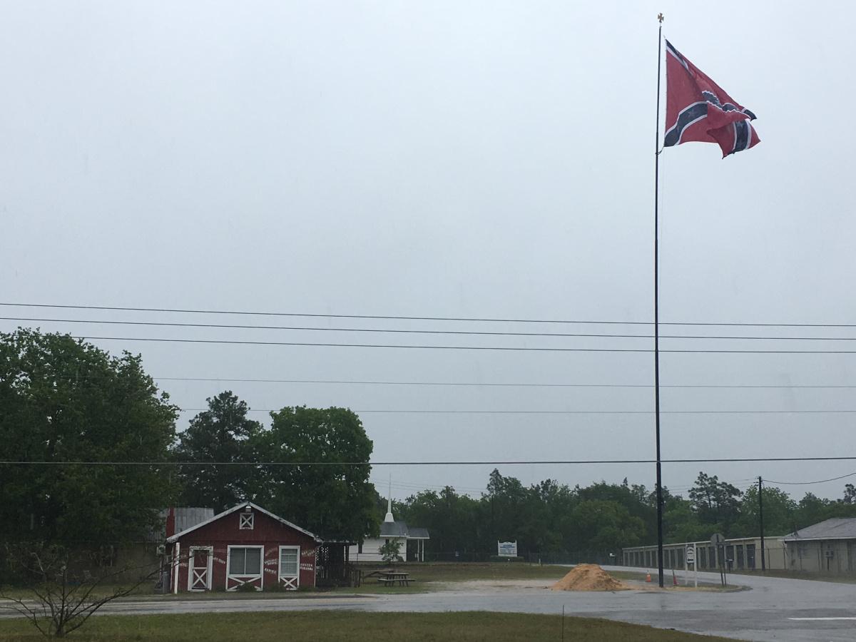 South Carolina's 100 ft Confederate flag (WBTW photo_459940