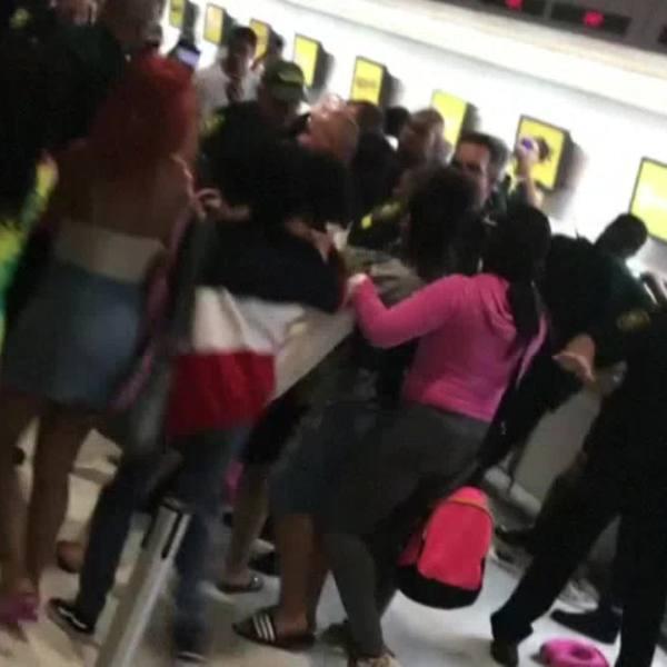 Fort Lauderdale Airport upset customers (NBC News video still)_468026