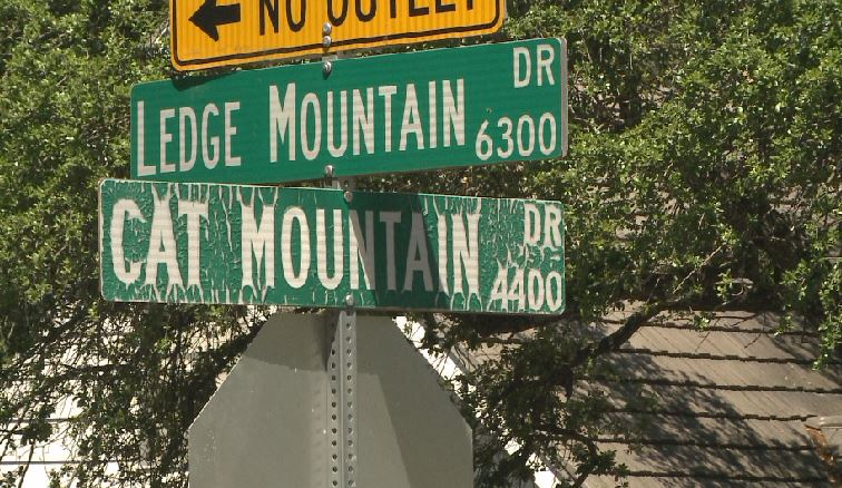 The driver of a rainbow-colored pickup truck tried to get a boy into his truck on Cat Mountain Drive_466567