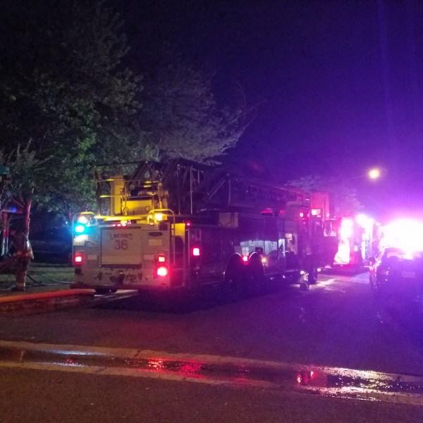 Austin fire crews at 6916 Cherrydale Drive (KXAN photo_Fabian Mendoza)_467999
