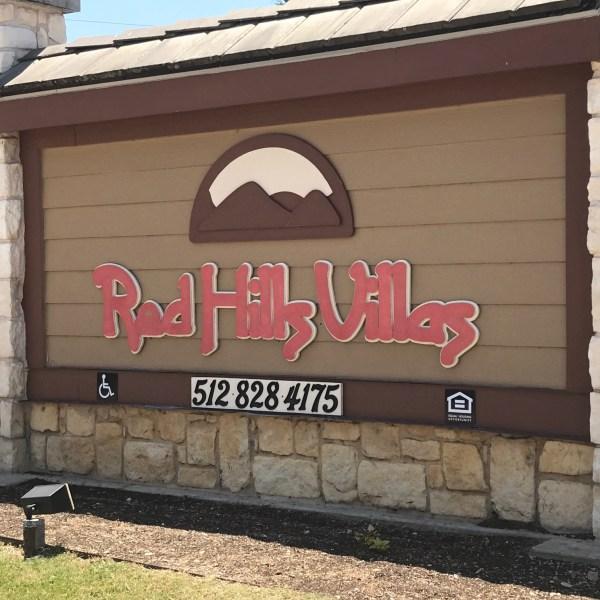 Red Hills Villas apartment complex_471792