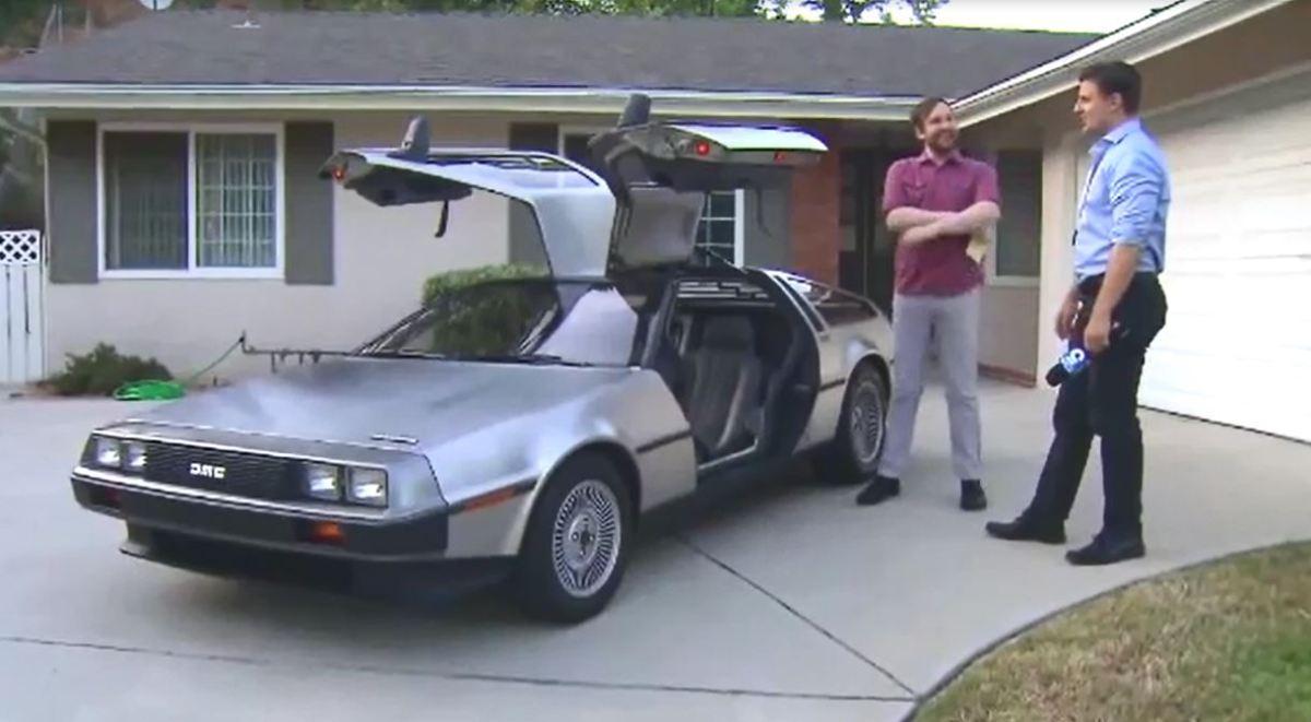Speeding DeLorean goes 88 miles per hour_480293