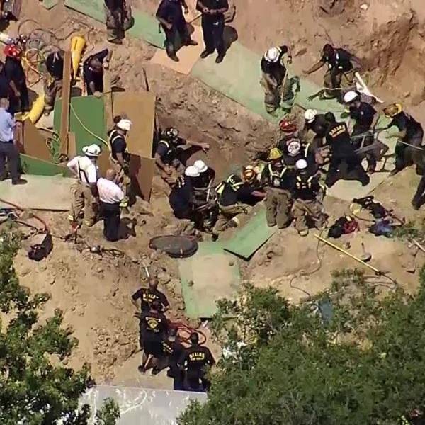 construction worker rescued from Dallas trench_500585